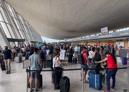 EEUU permitirá entrada de viajeros internacionales vacunados desde noviembre
