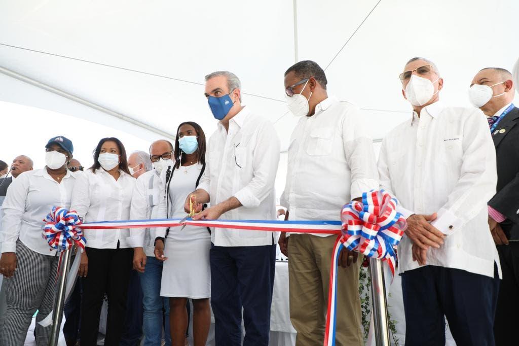Abinader inaugura Comedor Económico en Villa Liberación, Santo Domingo Este