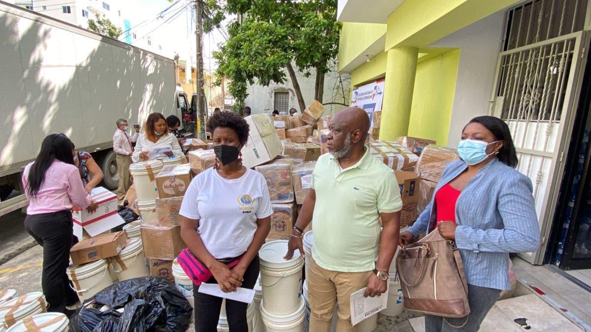 Haitianos en República Dominicana envían ayuda a víctimas del terremoto de Haití