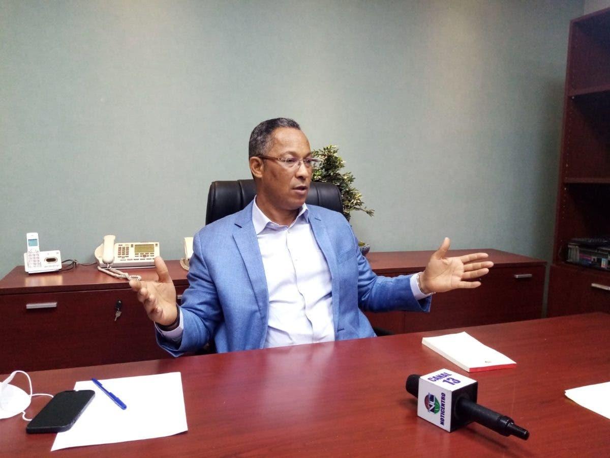 Senador critica gobierno por rechazo Haití a vacunas de RD