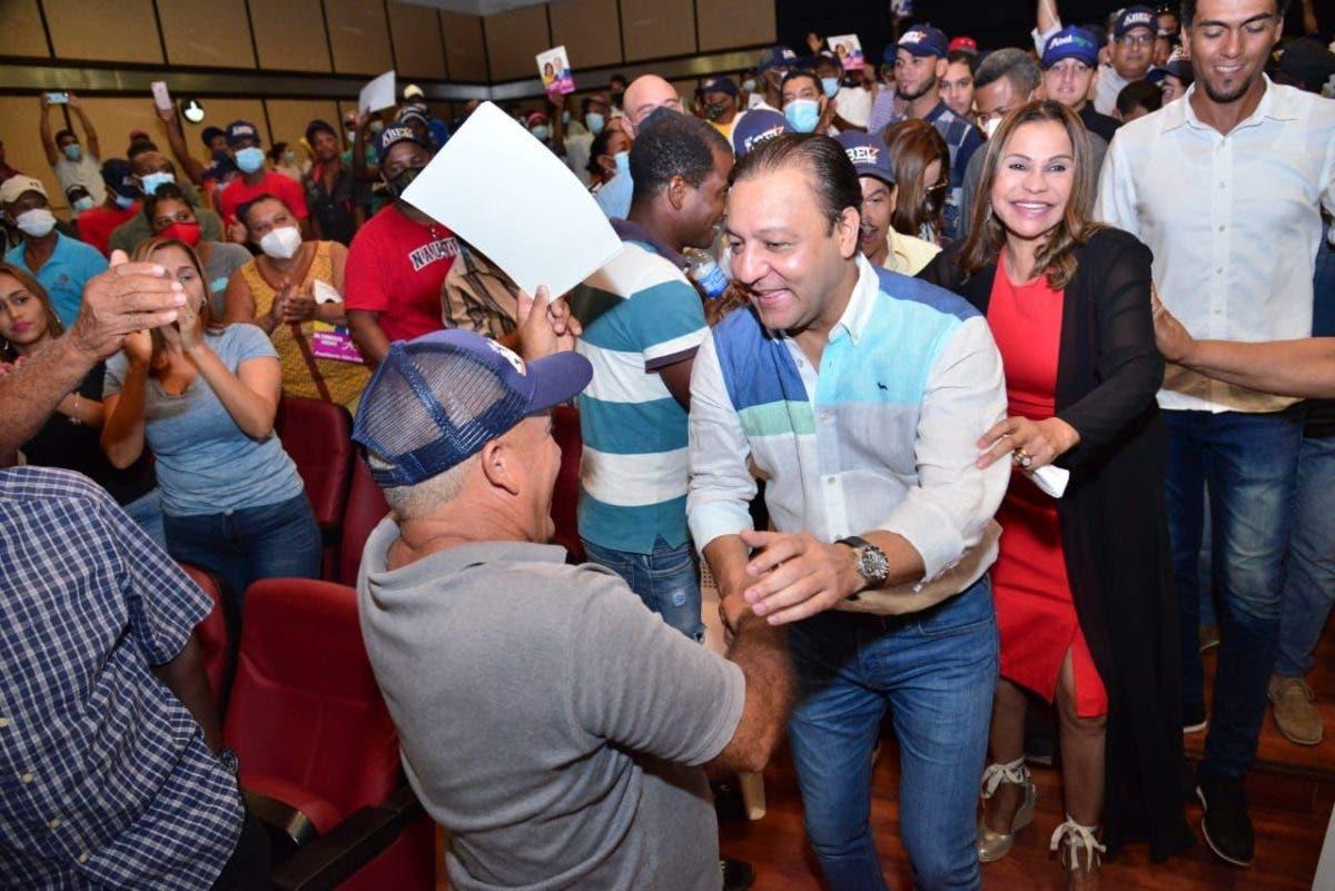 Abel Martínez llama a apostar al proceso de renovación del PLD