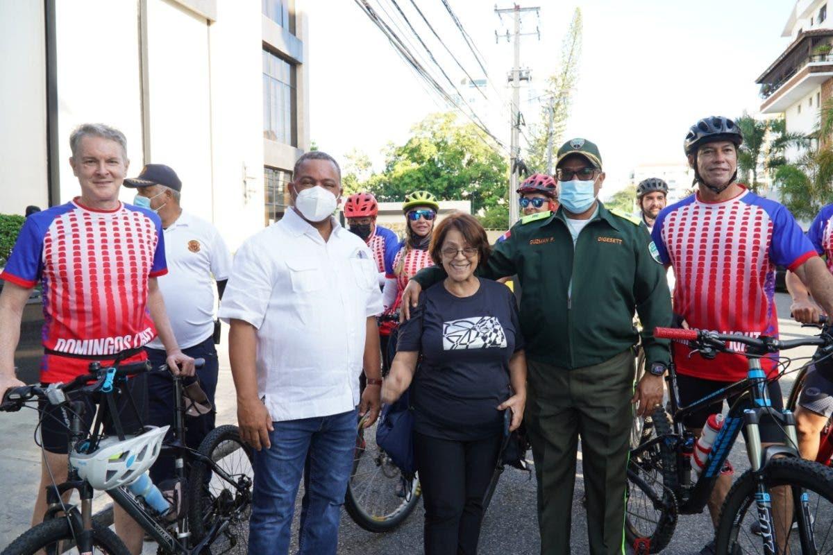 Realizan recorrido por avenidas peatonalizadas en el Distrito Nacional