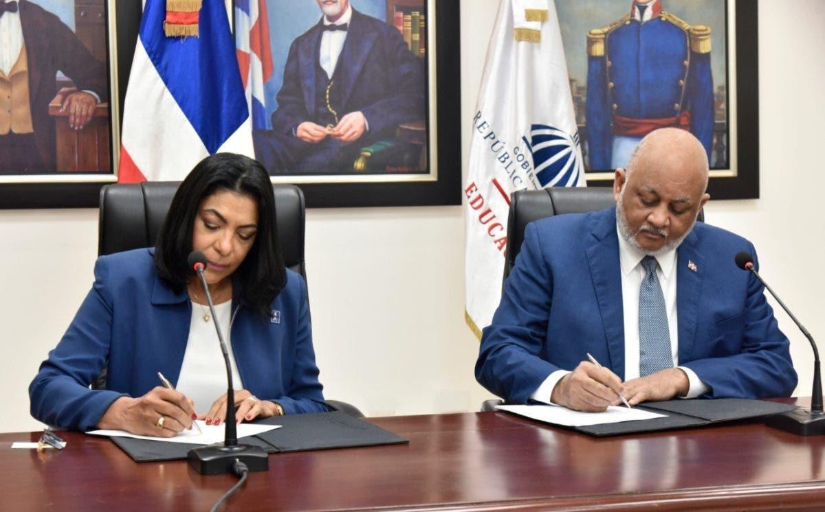 MINERD y el Patronato Nacional de Ciegos firman convenio