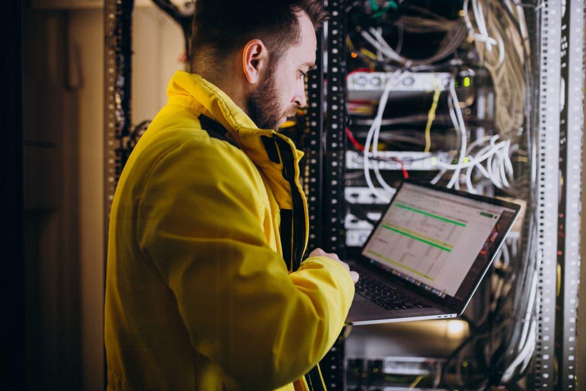 Considera que la falta de personal cualificado dificulta consolidación de datos en RD