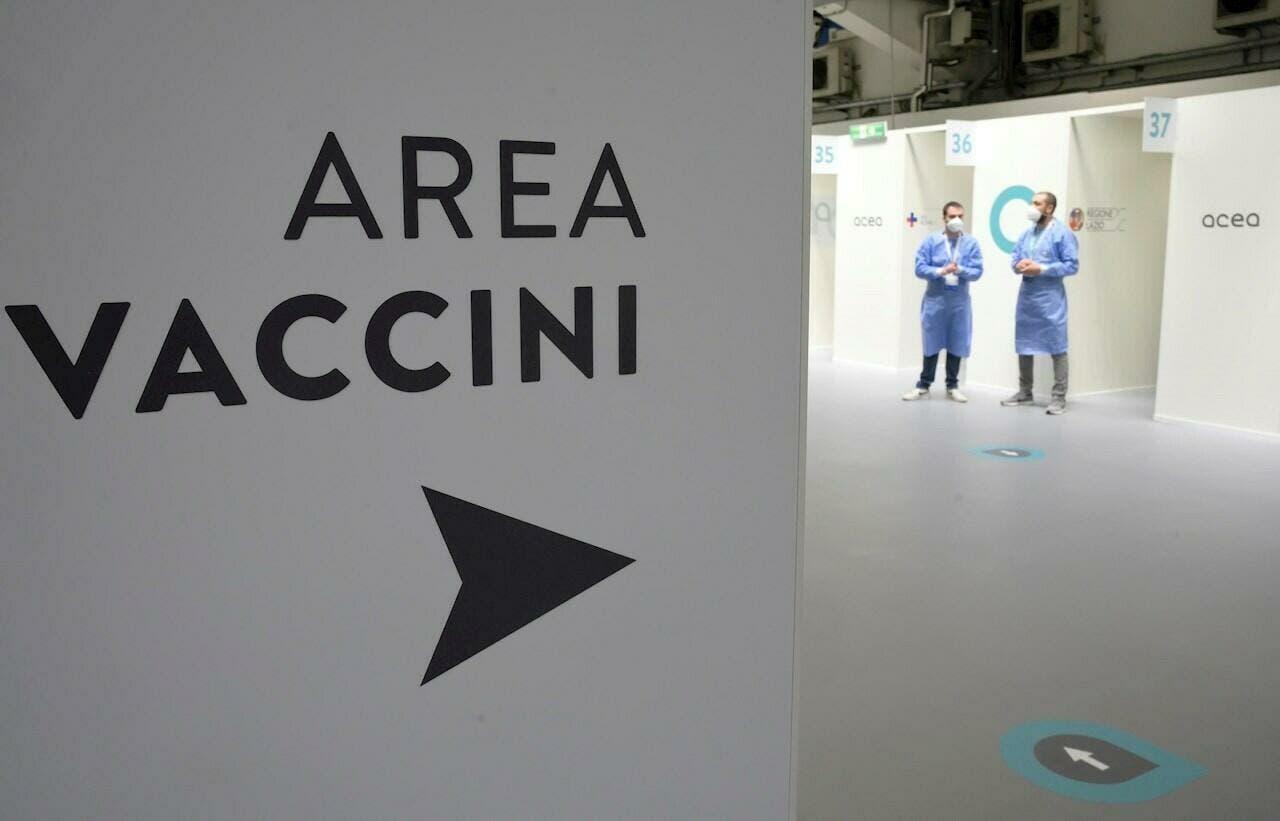 Italia obligará a vacunarse a todos los trabajadores: primer país occidental en hacerlo