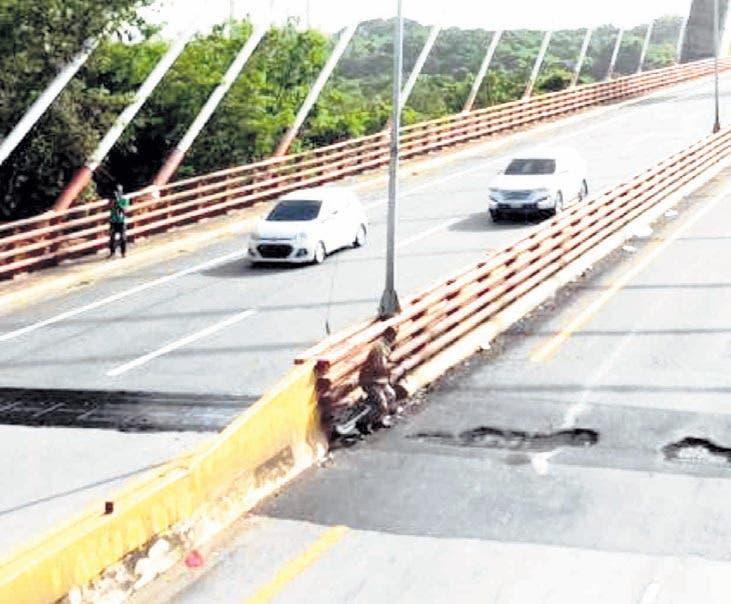 Obras Públicas abre hoy tramo puente Mauricio Báez