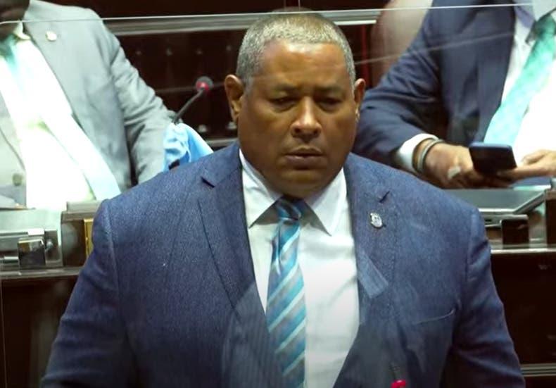 Operación Falcón | MP deja al diputado Héctor Féliz Féliz «Pirrín» a pie y sin celular