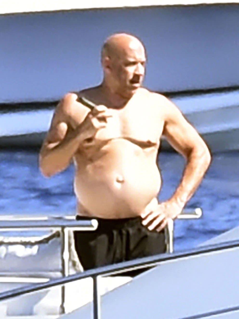 """Vin Diesel se fue de vacaciones con Zoe Saldana y mostró su """"cuerpo de papá"""""""