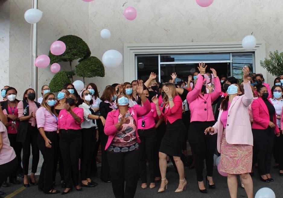 Pro Consumidor se une a lucha contra el cáncer de mama