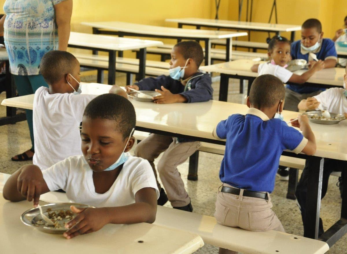 Almuerzo escolar llega con normalidad a las escuelas