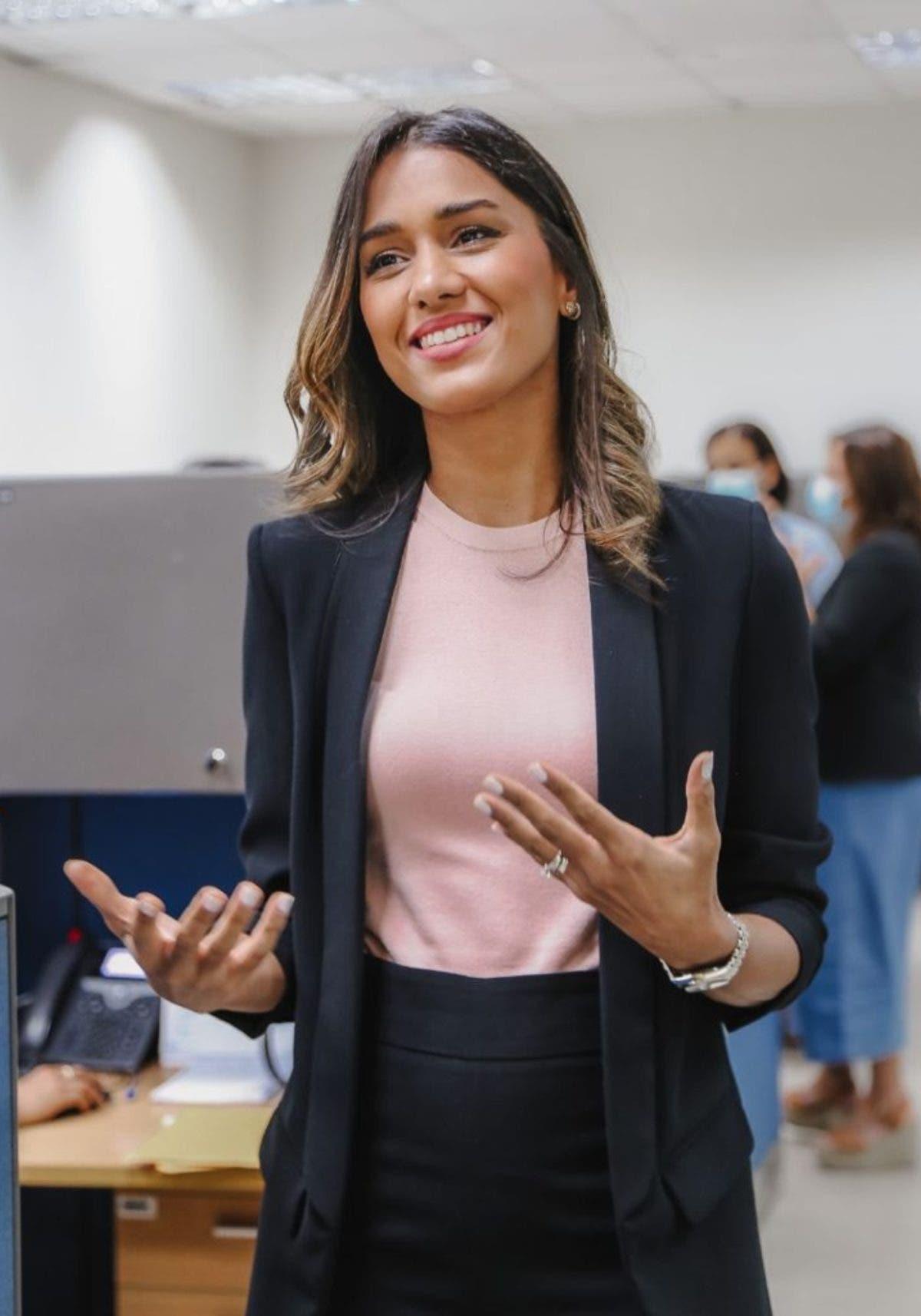 Yulianna Ramón, se abre espacio en el sector financiero