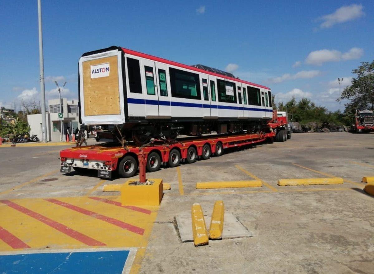 Lanzan proceso licitación estudios tren Santiago SD