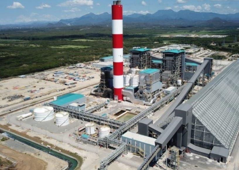 Punta Catalina con otras 60,000 toneladas de carbón