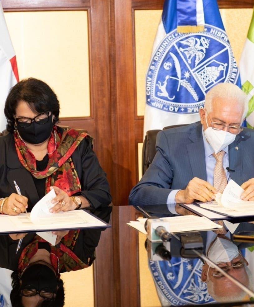 BHD León y la UASD; Firman acuerdo para la formación en valores