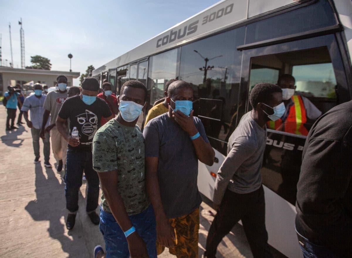 EU enviaría haitianos otros países si sigue migración