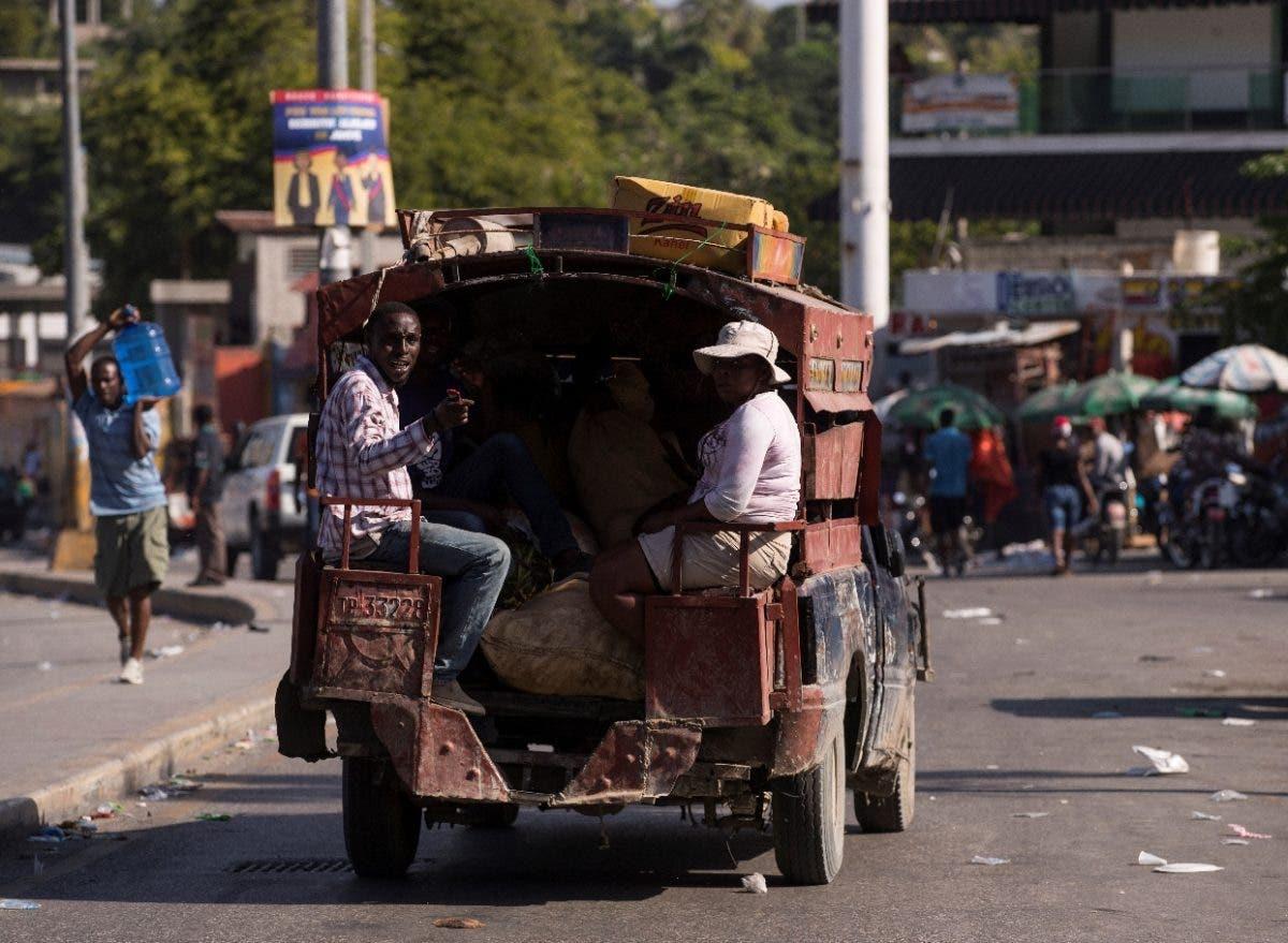 Haití tiene más movilidad en su tercer día de huelga