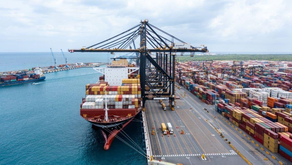 RD puede recibir barcos  de carga de  mayor volumen en LA