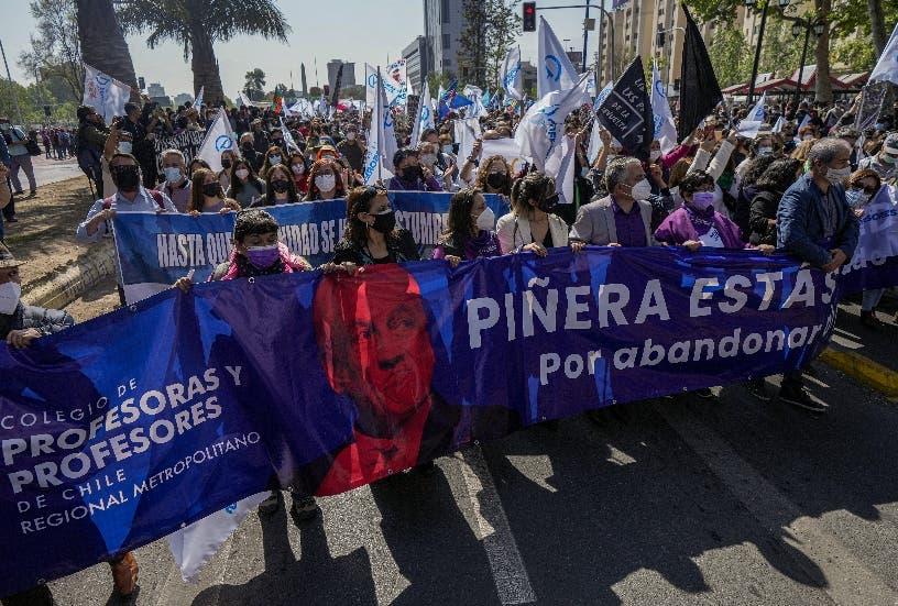 Oposición da paso para juicio político a presidente Chile