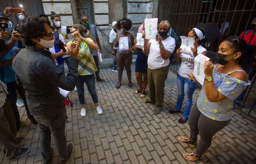 Gobierno Cuba no permite marcha de los opositores