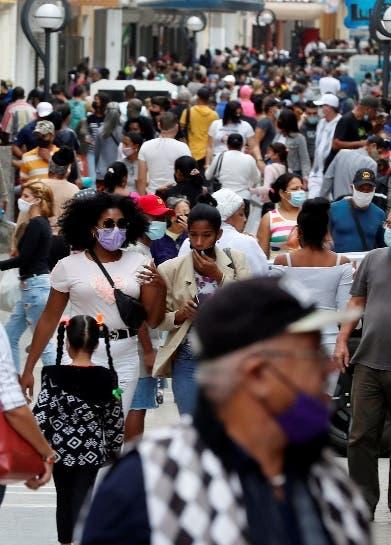 Cuba notifica más de 2 mil contagios