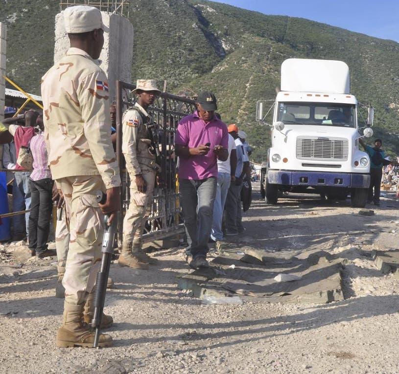 RD redobla vigilancia en la frontera Haití