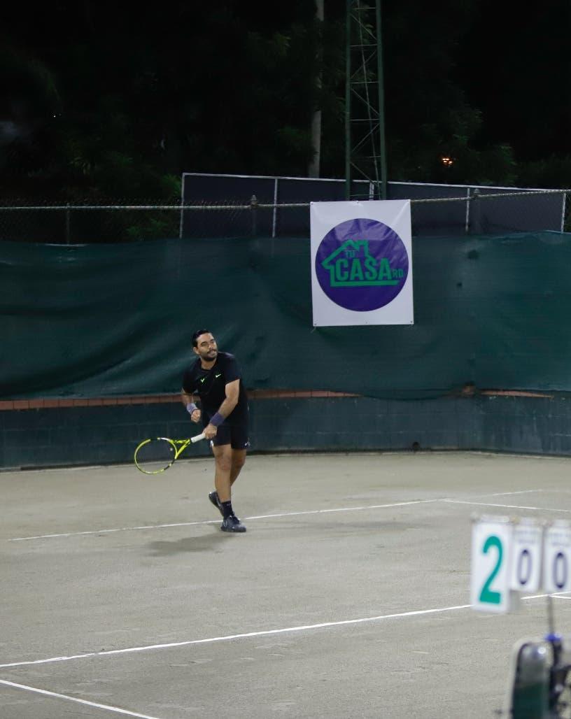 Inician con 143 tenistas el torneo Mango Tennis Open 2021