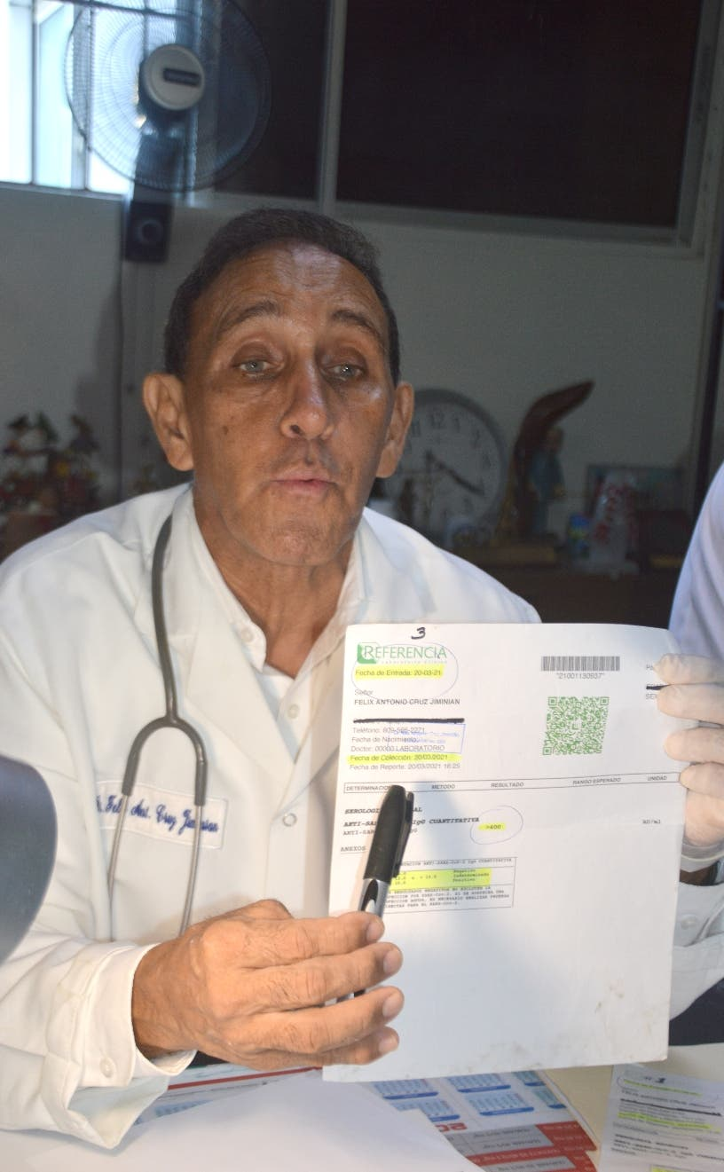 Cruz Jiminián afirma mueren jóvenes renuentes a vacunarse