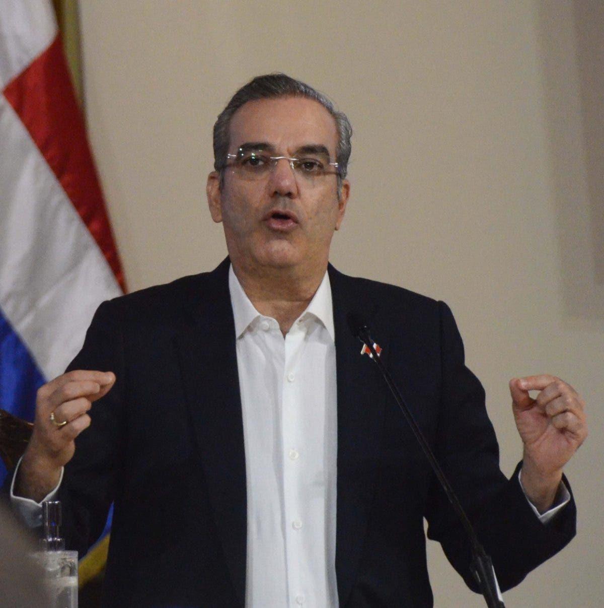 Presidente empieza a ejecutar  reforma PN, dispone fondos