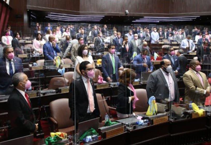 Diputados aprueban US$115 MM para la conectividad digital