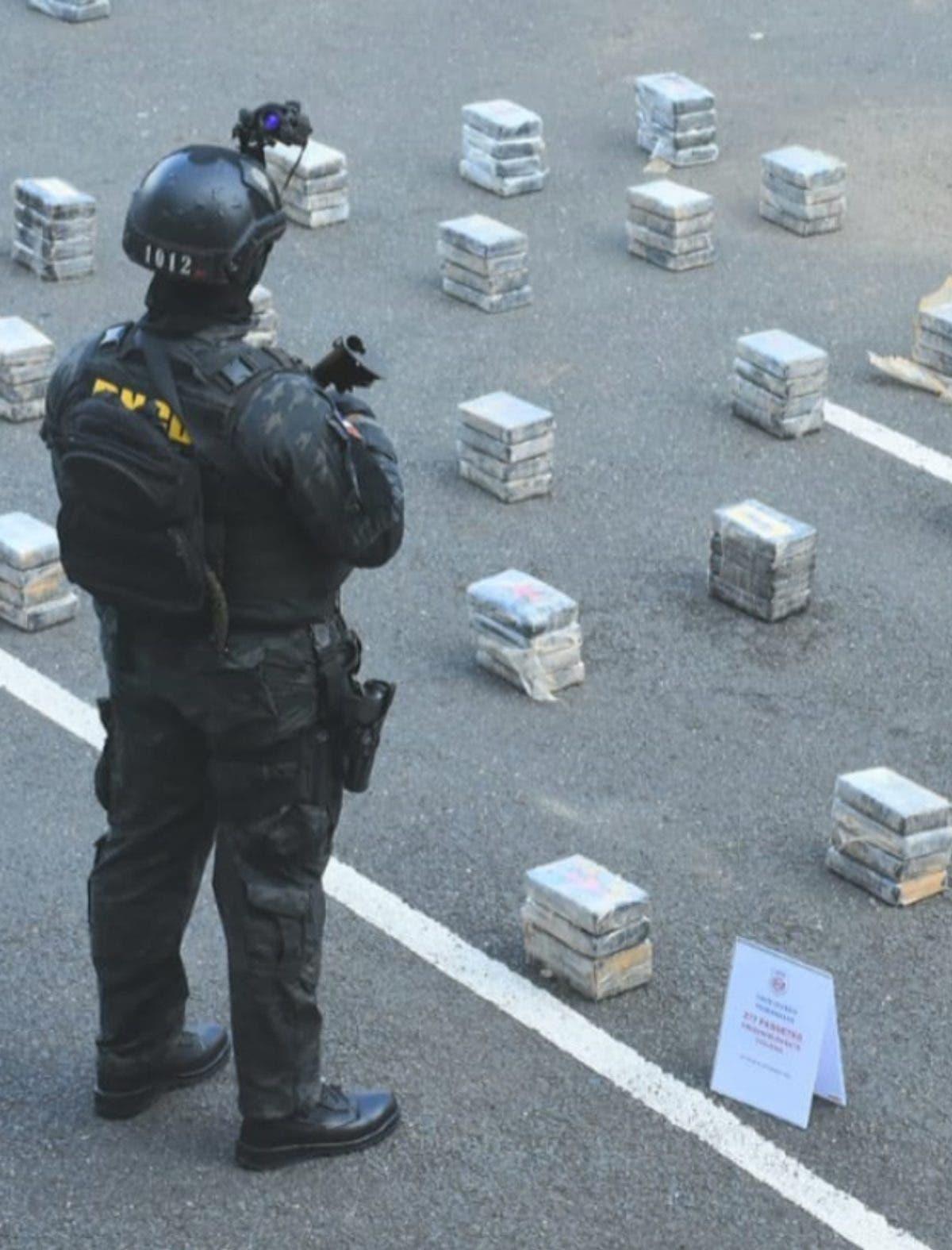 DNCD dice ocuparon 277 paquetes de cocaína en nave cayó en Oviedo