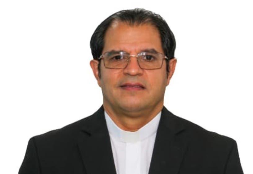 CED anuncia nombró padre Secilio Espinal como rector PUCMM