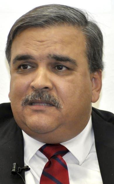 Diputado alerta solicitar tarjetas viola Constitución