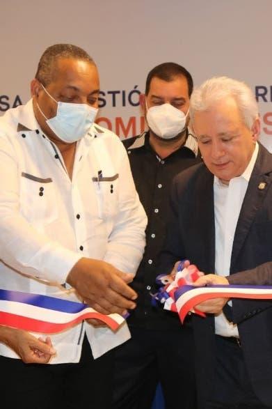 Senador Taveras asume lucha por SDO