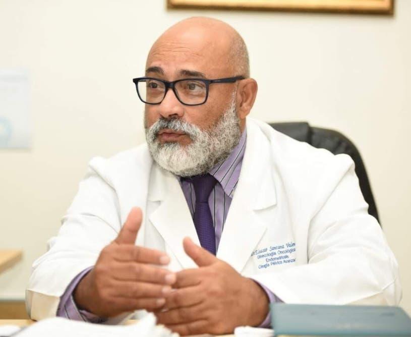 Oncólogo: nuevas técnicas en cáncer mama evitan tratamientos agresivos