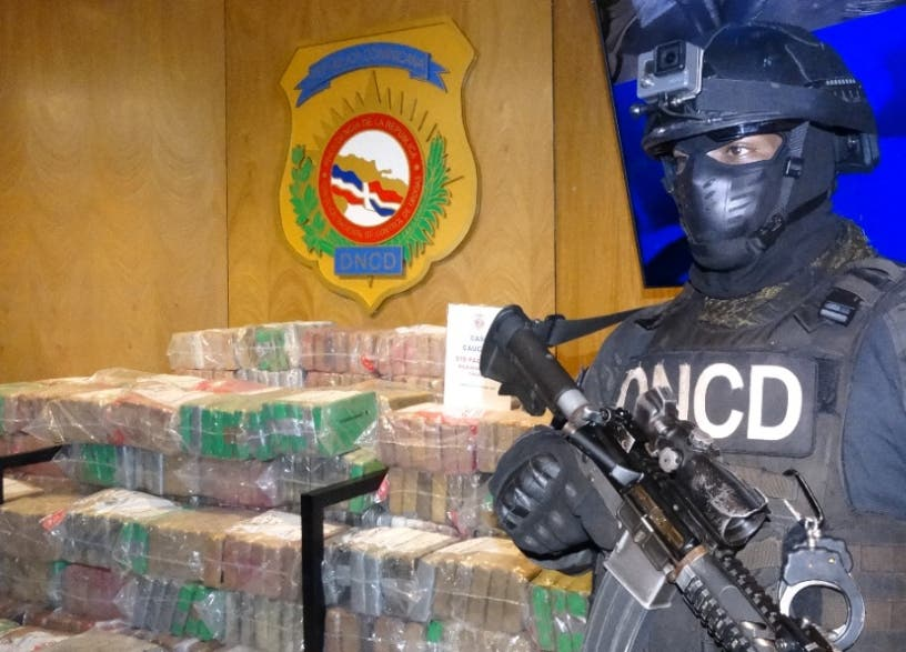 DNCD reporta hallazgo de una carga de 978 paquetes de cocaína