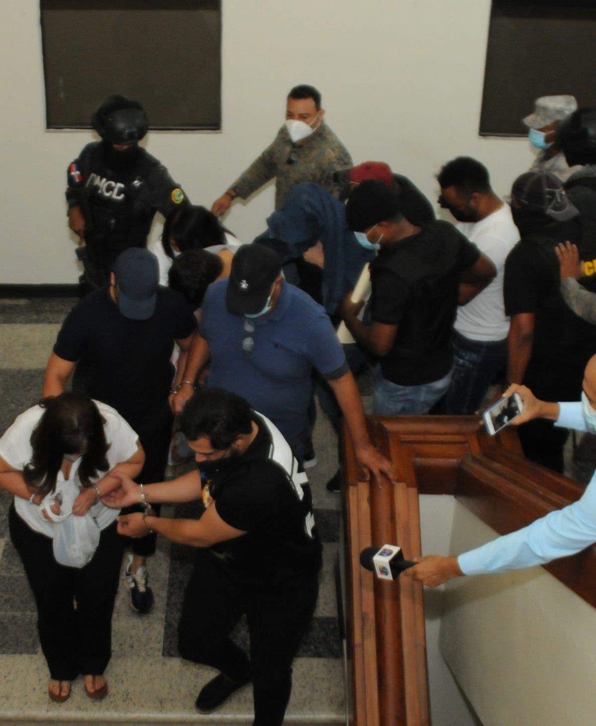 MP arresta  12 acusa de narcotráfico; próximas horas solicitará coerción