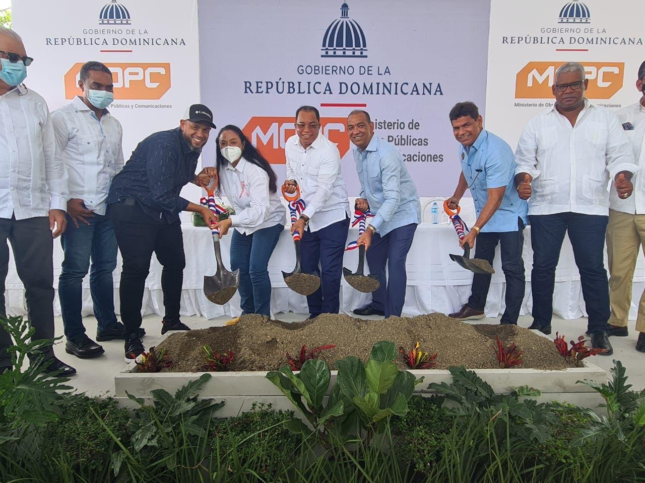 Catalino Correa agradece al Gobierno inicio de obras en su provincia María Trinidad Sánchez