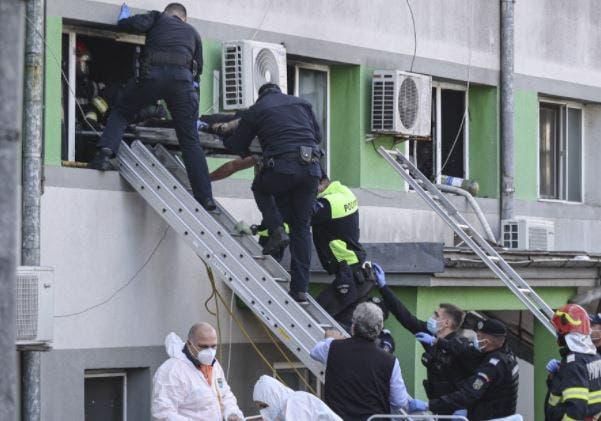 Mueren al menos 9 pacientes de Covid-19 en otro incendio en hospital rumano