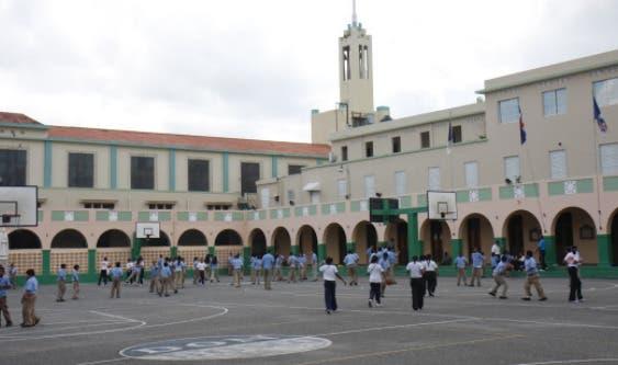 Estudiantes Don Bosco serán despachados a la 1:00 pm por falta almuerzo escolar