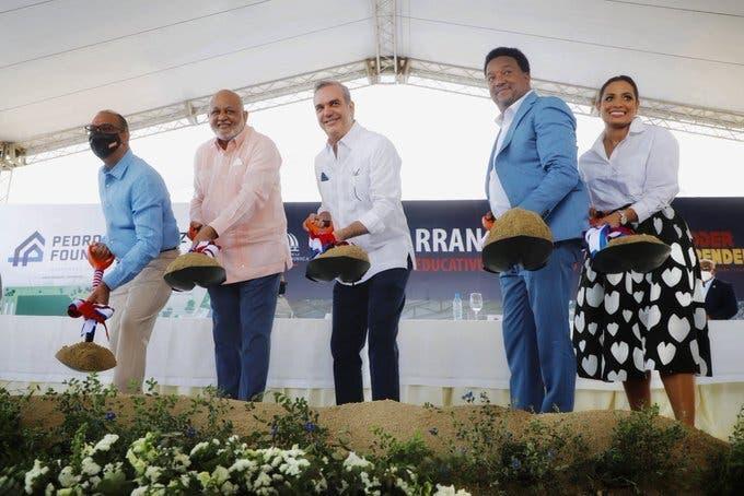 Gobierno inicia construcción de complejo deportivo en Manoguayabo