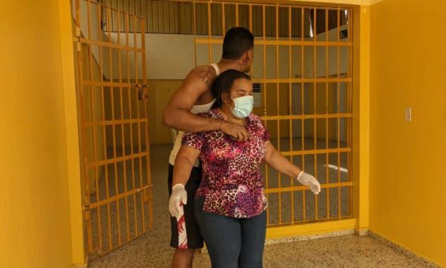 Recluso de la cárcel de Dajabón tomó de rehén a una doctora