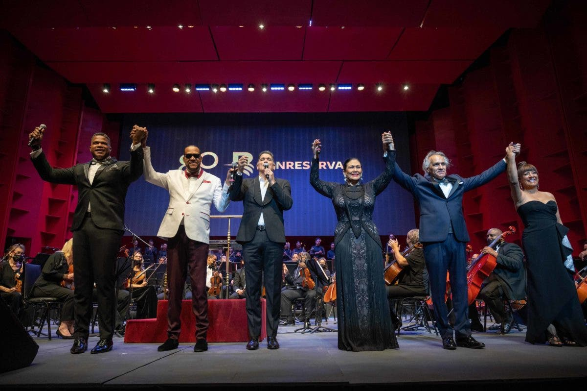 Banreservas festeja 80 años con gala concierto en el Teatro Nacional