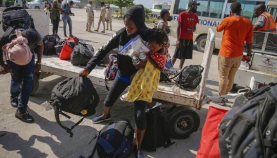 Al menos 500 niños con nacionalidad extranjeras están entre los migrantes deportados a Haití
