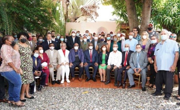 Aspirante a rector UASD recibe apoyo de movimiento presidido por Franklin García Fermín