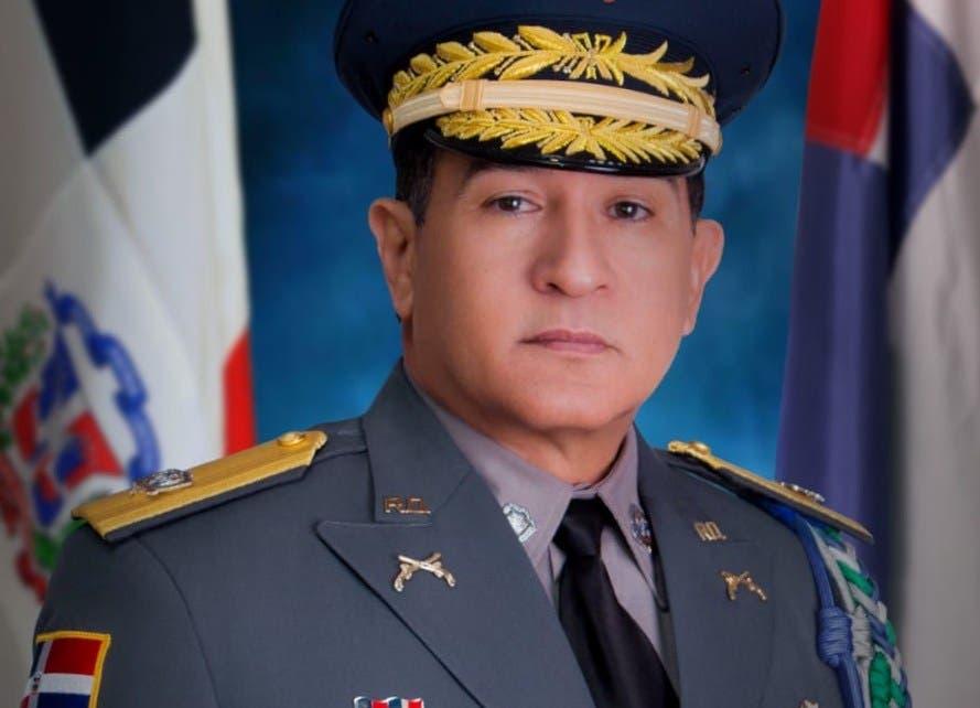 Abinader designa a Eduardo Alberto Then como director de la Policía Nacional