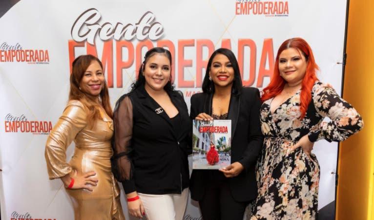 Evelyn Sosa en portada número 17 de revista Gente Empoderada Magazine Internacional