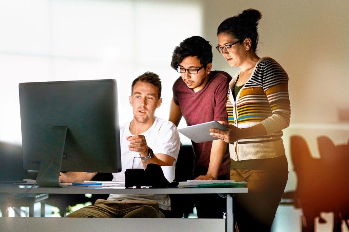 Oracle y Mujeres TICs RD realizan Laboratorio de Innovación para emprendedoras