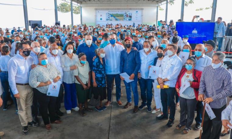 Luis Abinader anuncia obras por RD$426 millones en María Trinidad Sánchez