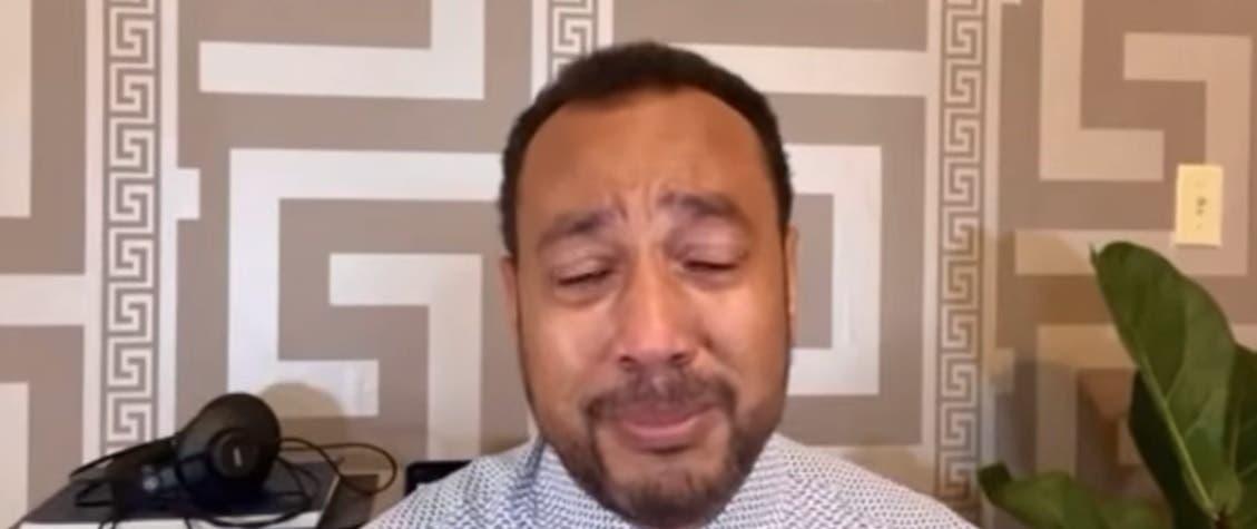 Video: Entre lágrimas, Miguel Ortega agradece apoyo de Raquel Arbaje