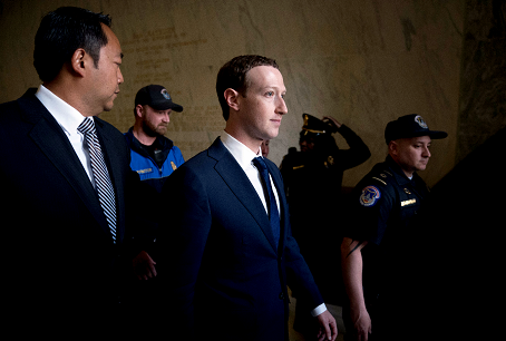 """Los """"papeles de Facebook"""" redoblan la presión sobre Zuckerberg"""